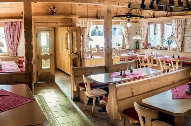 Bergrestaurant Schlittenstadl 1350m -Hainzenberg