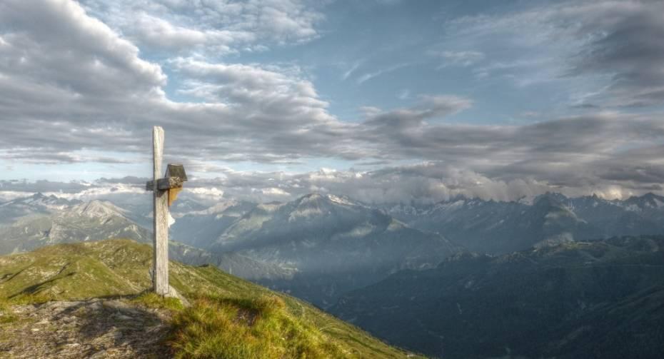 Gipfelkreuz am Schwendberg