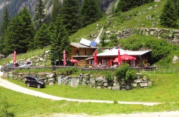 Steinbockhütte 1380m - Floitental