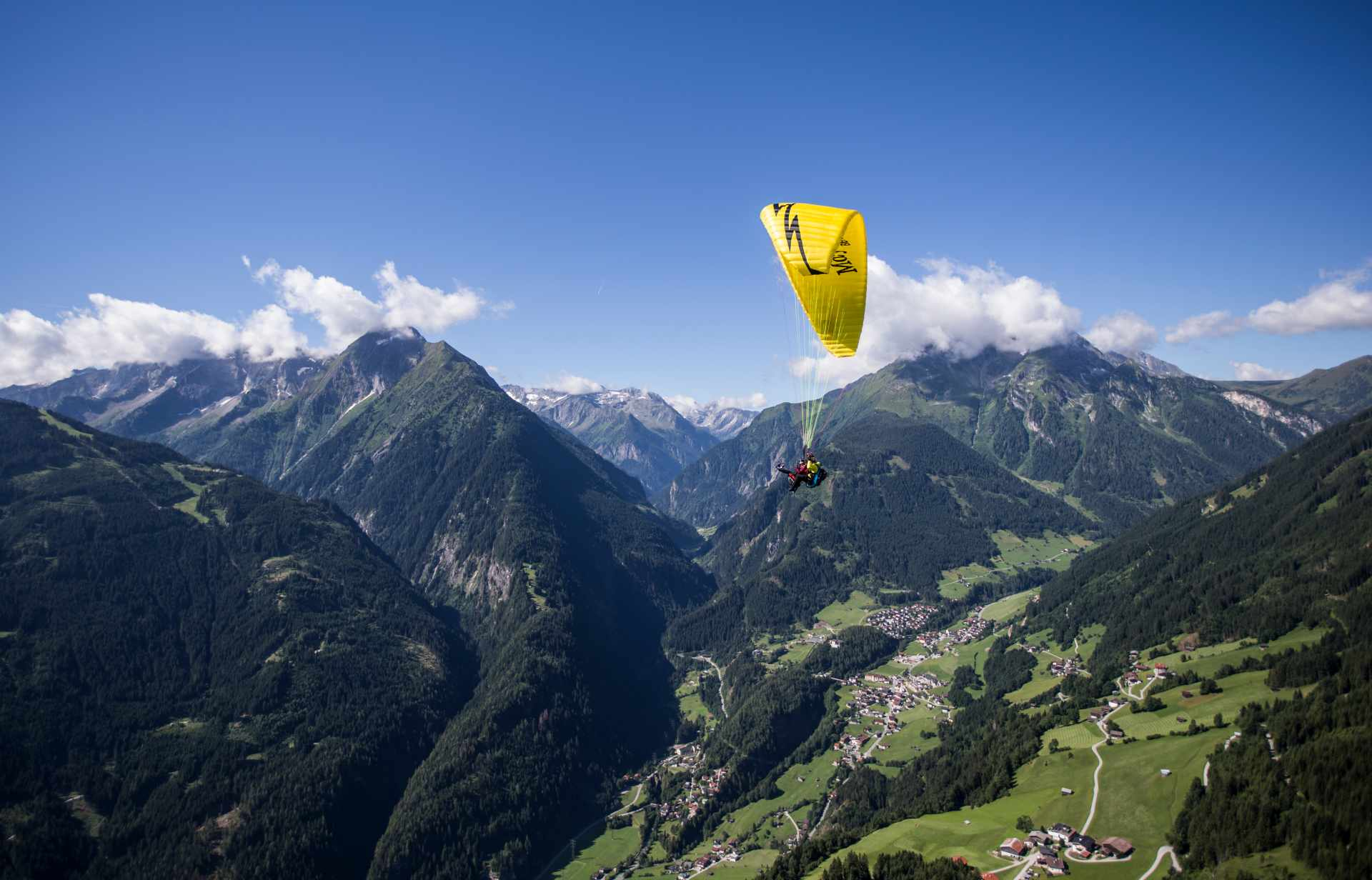 Paragleitflug im Zillertal
