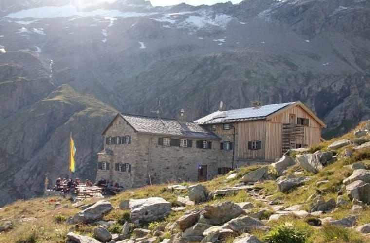 Friesenberghaus 2498m - Schlegeisspeicher