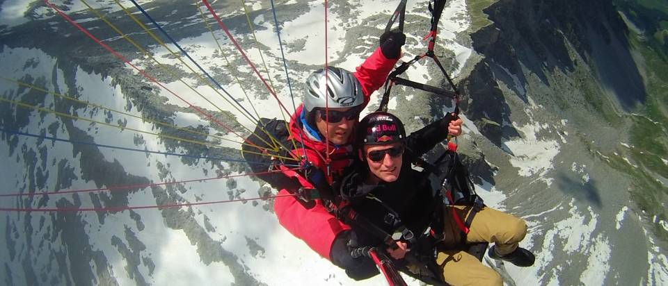 mhf-sommer-paragliding-gletscherflug-foto-e-fact