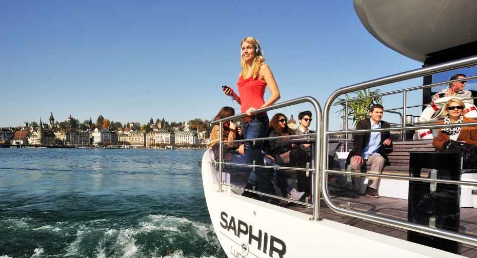 mys-Scenic cruises on the panorama-yacht Saphir | from Lucerne-Schifffahrtsgesellschaft des Vierwaldstättersee (SGV) AG - SGV_Saphir_Rundfahrt_Bild3.jpg