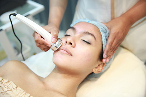 Diandra Anti-Aging & Aesthetic - Face Treatment