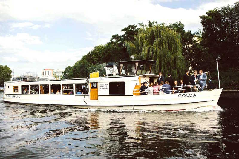 Event ship Golda on the Spree with guests on board
