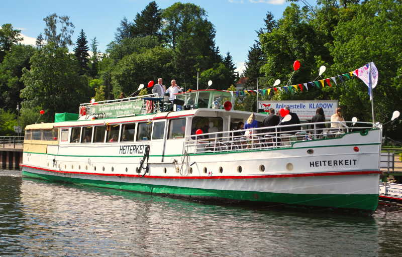 Event location for weddings and celebrations on the historic ship MS Heiterkeit