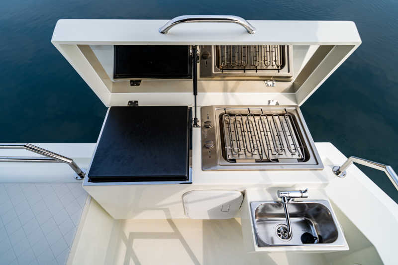 Modern barbecue on the Seamaster 45 houseboat