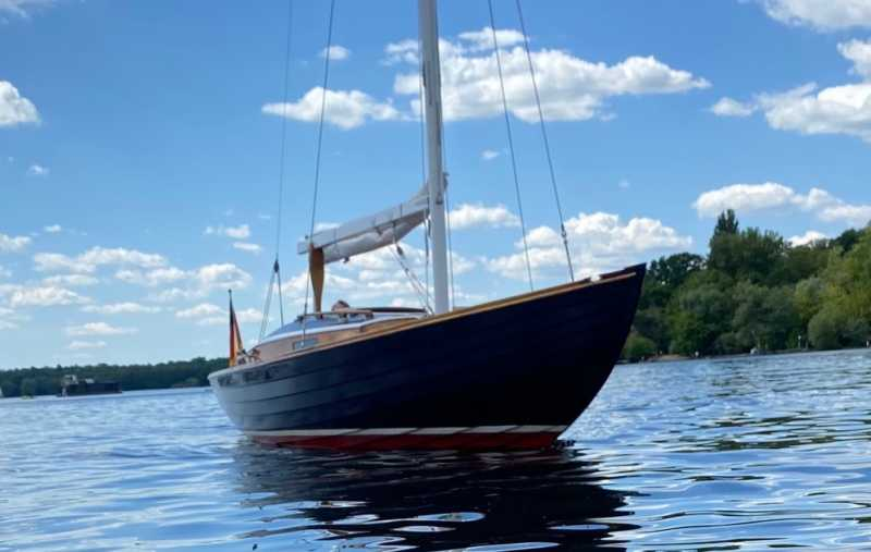 Sailboat LIV can be rented in Berlin