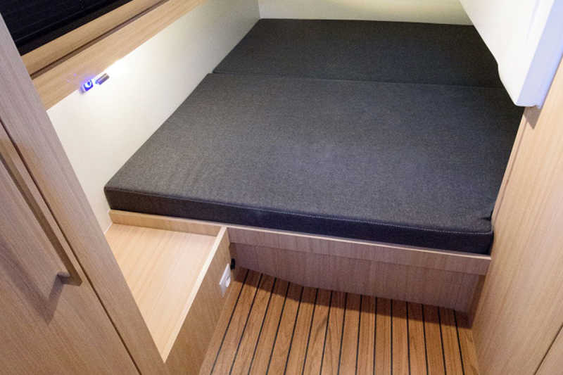 Third bedroom on the Arndt houseboat