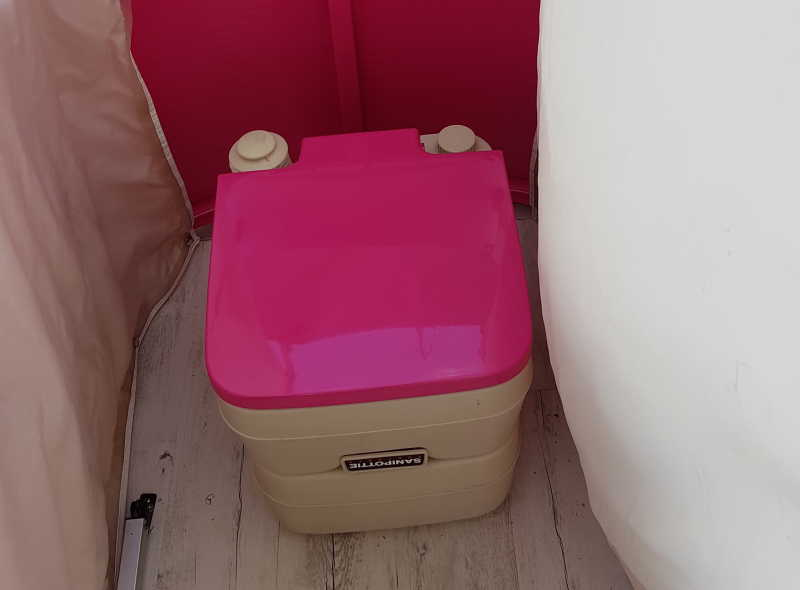 Pink toilet on the boat Wedding