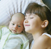 Presentar al recién nacido a los hermanos mayores