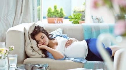 Cómo dormir durante el embarazo