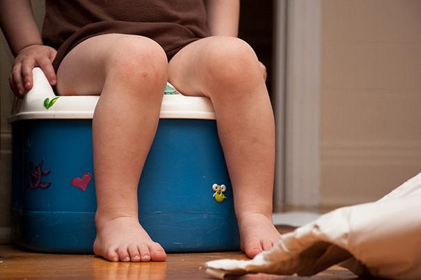 ¿Cómo enseñar a un niño a ir al baño?