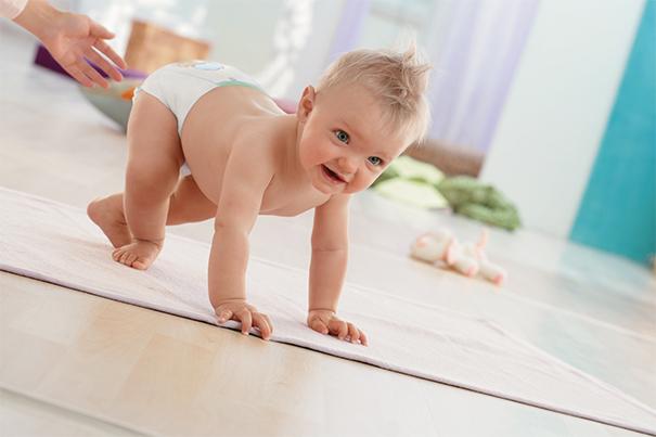 Consejos de seguridad infantil con bebés activos