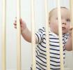 Protección infantil: compuertas y barandillas