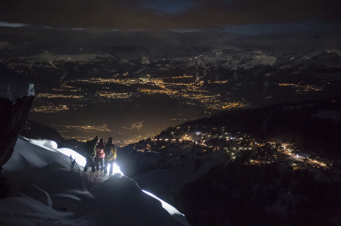 High Beams - Skiing with powerful DIY leds at night
