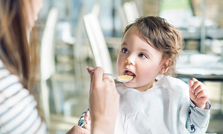 С какого возраста детям можно мед
