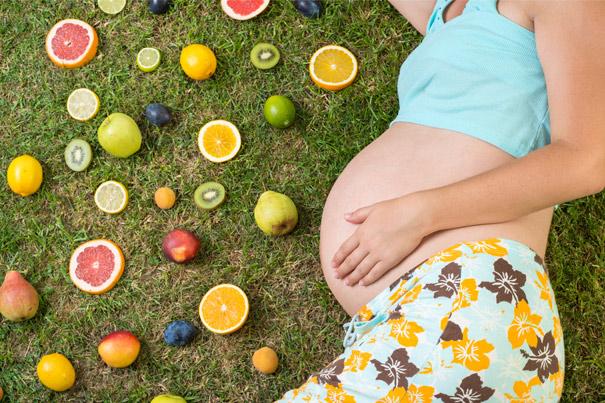 Продукты, богатые витаминами, для беременных: что, зачем и почему
