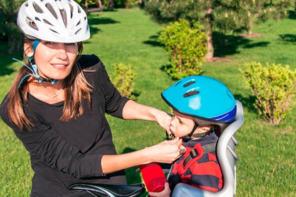 Как и где кататься на велосипеде с маленьким ребёнком?