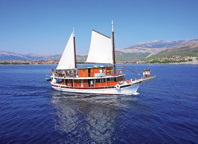 Providnost Classic Standard Boat