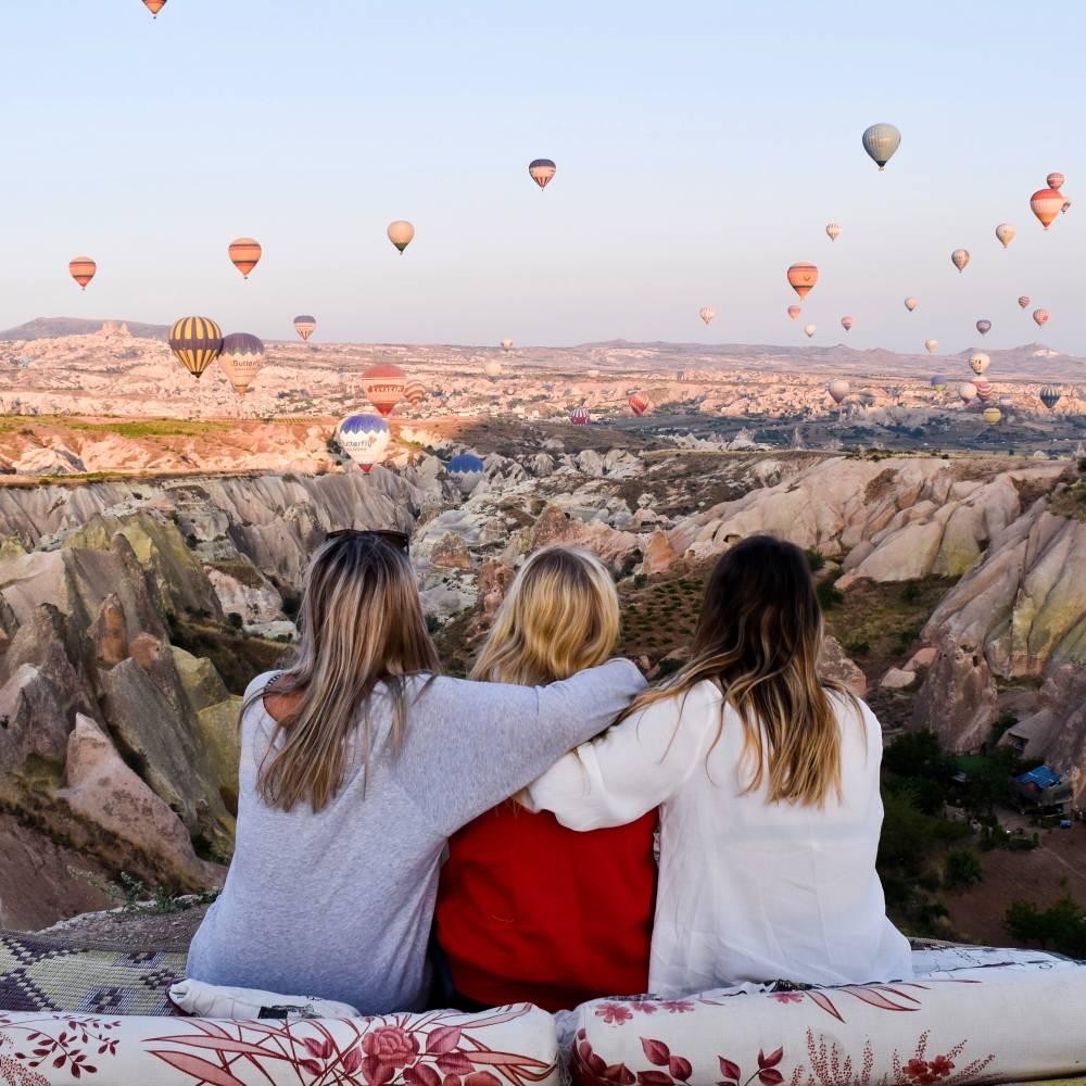 Best Way To Travel Around Europe On A Budget