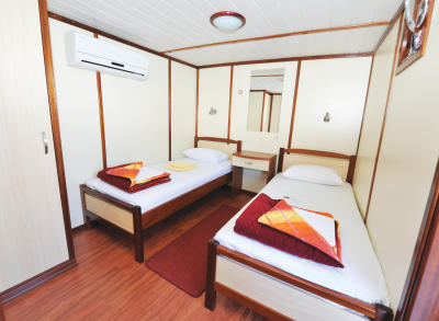 Dionis Twin Cabin Room