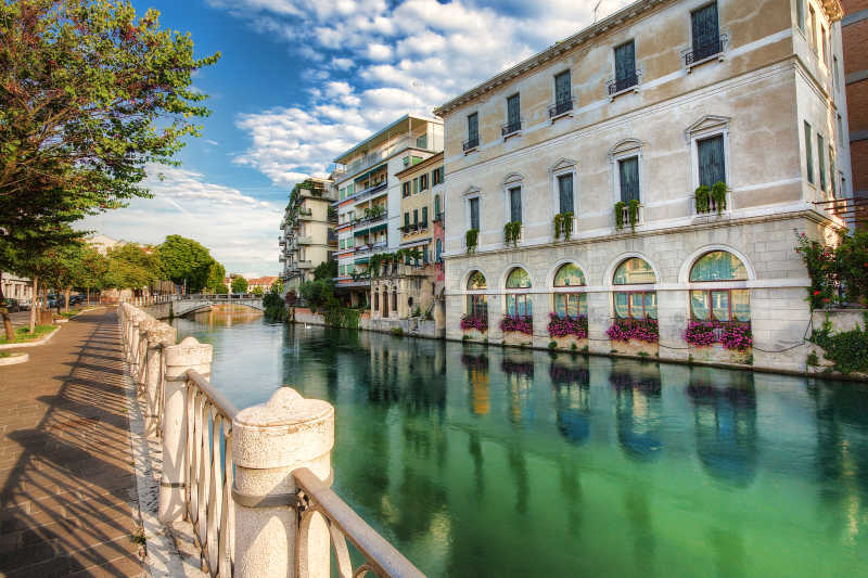 Authentic Italy: Escape the tourists!