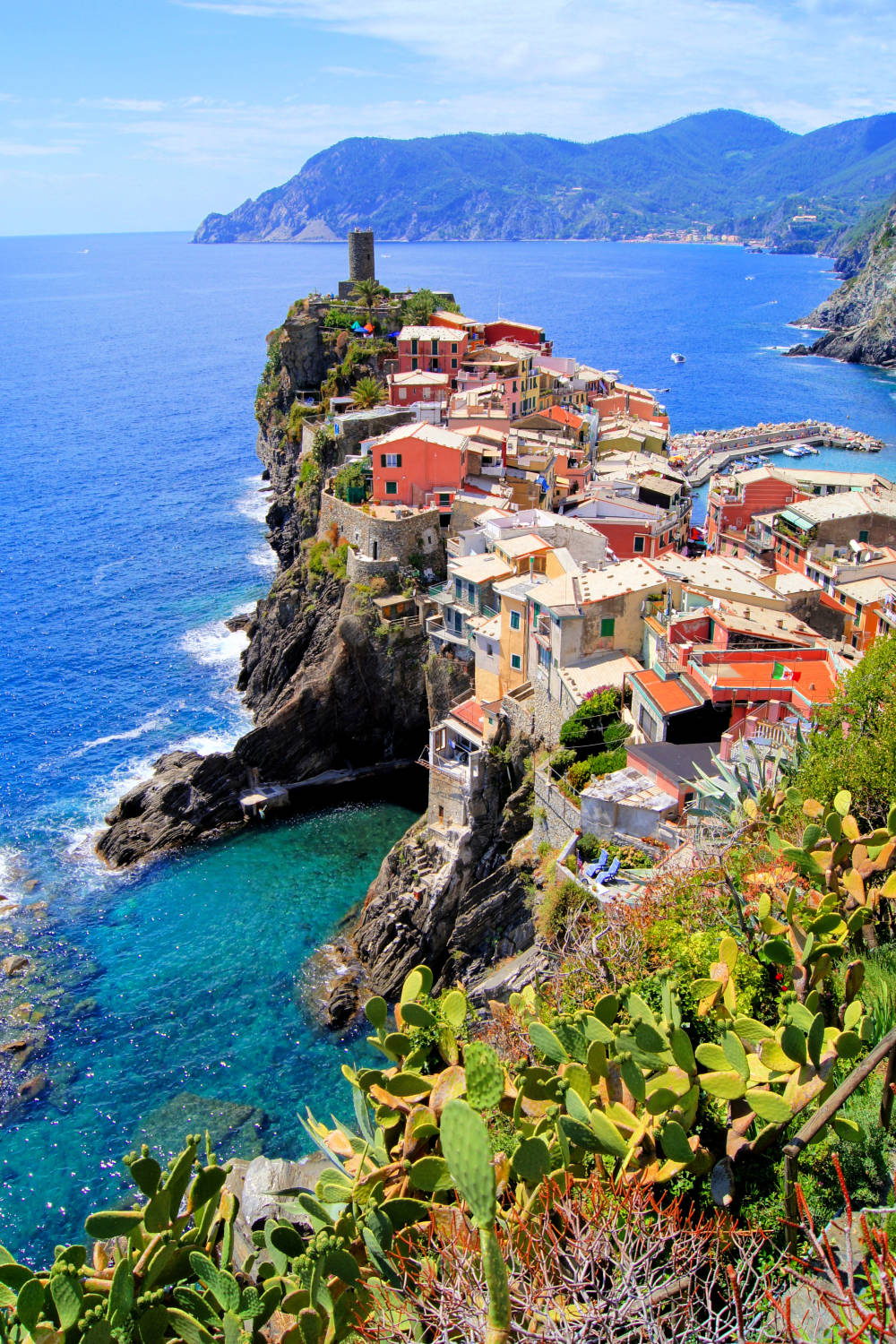 The Heart Of Cinque Terre voluntourism with a view in the heart of cinque terre   busabout