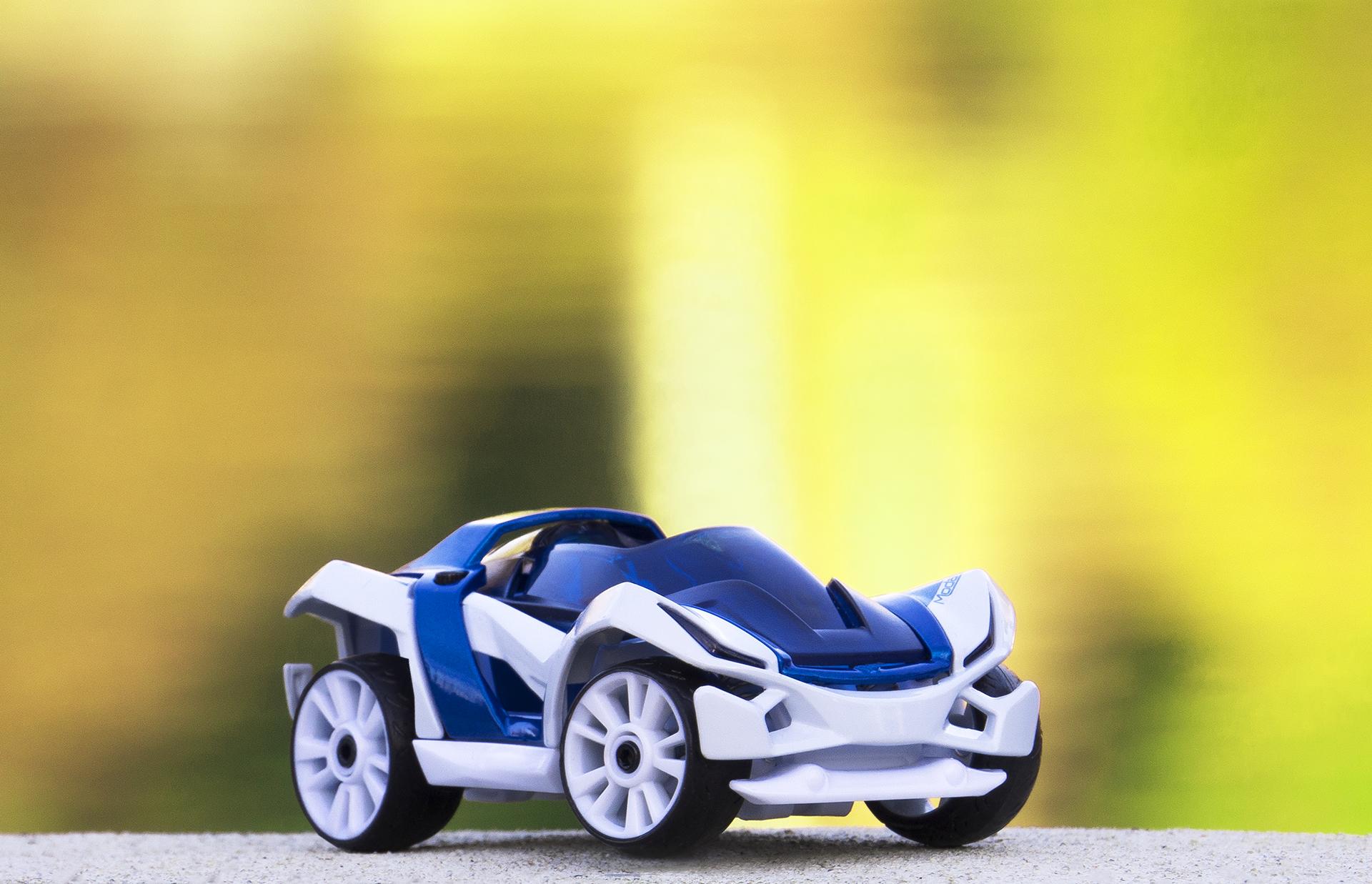 C1 S1 Concept hybrid green bokeh background lifestyle 2018