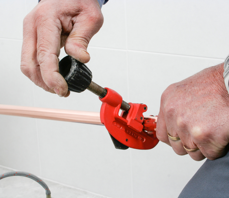 21 Best Tools Every Plumber Needs in Their Toolbox
