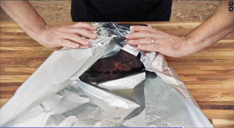 How to Wrap a Smoked Pork Butt With Pitmaster Aaron Franklin - 2019