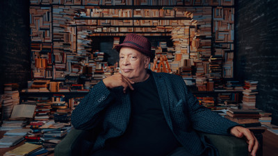 walter-mosley-reads