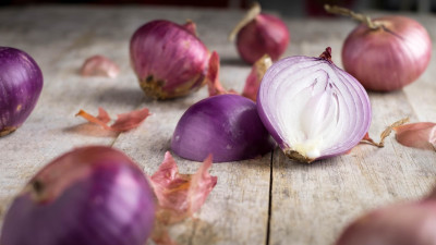 Halved shallots on a table