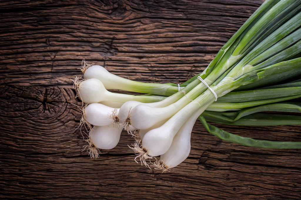Scallions vs  Green Onions: What's the Difference? Are They The Same