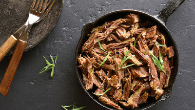 Braised beef in cast iron skillet