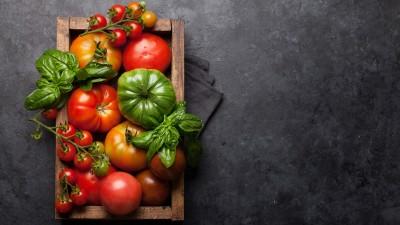 tomato-companion-planting-guide