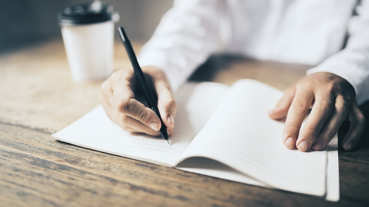 Plotters vs. Pantsers: What Kind of Writer Are You? - 2021 - MasterClass