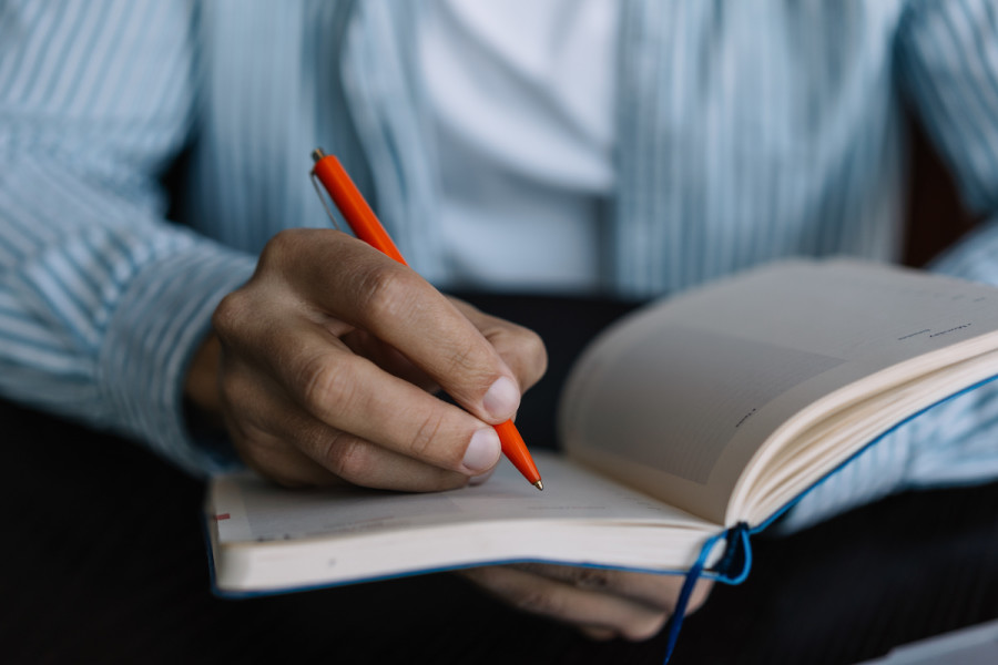 What Is the Writing Process? 9 Tips for Aspiring Writers