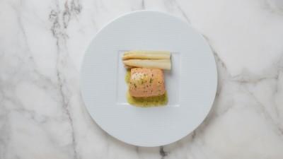 chef-thomas-kellers-sous-vide-white-asparagus-recipe