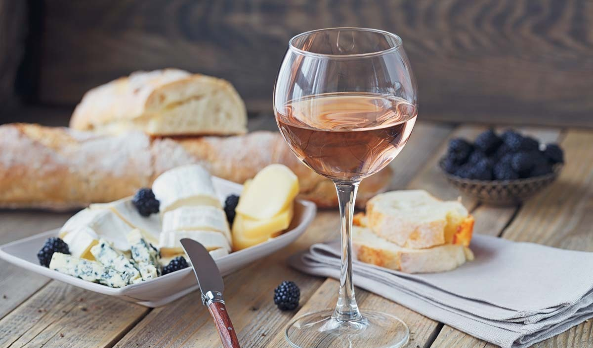 Learn About Rosé: The Essential Guide to Rosé Wine - 2020 - MasterClass