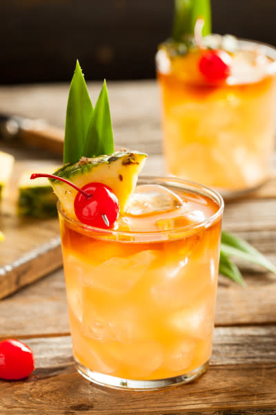 Mai Tai Recipe: How to Make a Mai Tai Cocktail - 2021 - MasterClass