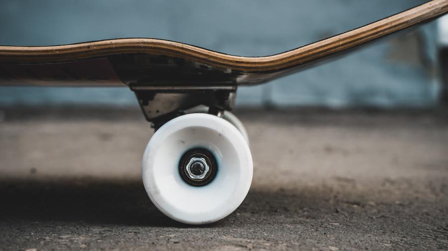 Skateboard Anatomy: A Guide to Skateboard Parts - 2021 - MasterClass