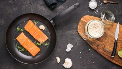 how-to-pan-sear-salmon