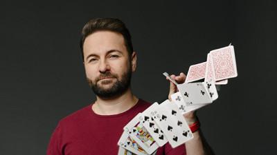 dn-daniel-negreanu-cards