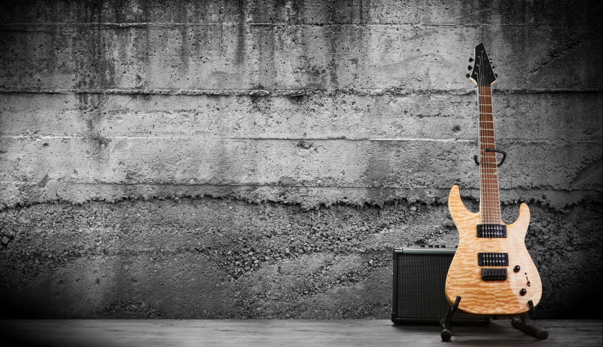 guitar lessons 101 learn about blues guitar playing techniques and history 2019 masterclass. Black Bedroom Furniture Sets. Home Design Ideas
