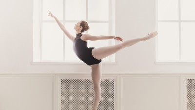 how-to-do-an-arabesque