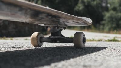 how-to-do-a-backside-tailslide