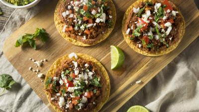how-to-make-crispy-tostadas-at-home