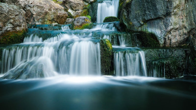 waterfalls-long-exposure
