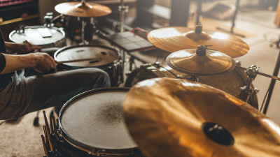 how-to-master-paradiddles-in-drumming